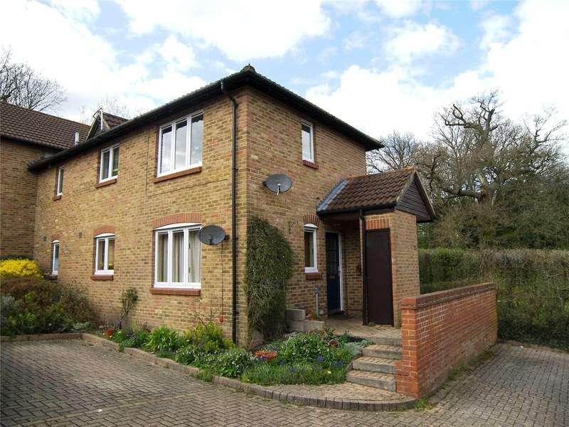 1 Bedroom Flat for sale in Gooch Close, Twyford, Berkshire, RG10