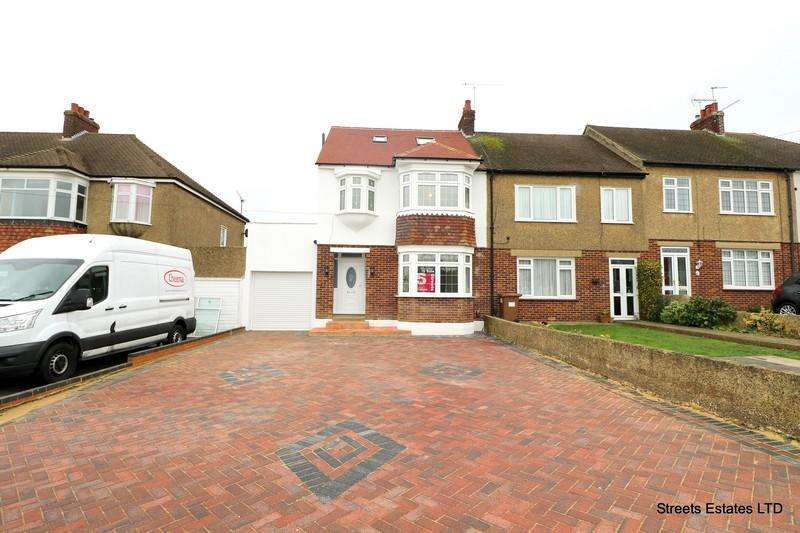 4 Bedrooms Semi Detached House for sale in Wilson Avenue, Rochester ME1