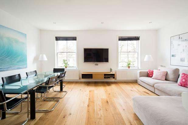 3 Bedrooms Flat for sale in Porchester Square, London, W2