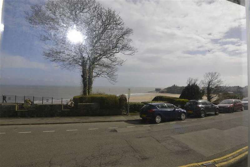 2 Bedrooms Flat for sale in 6, Richmond House, Tenby, Pembrokeshire, SA70