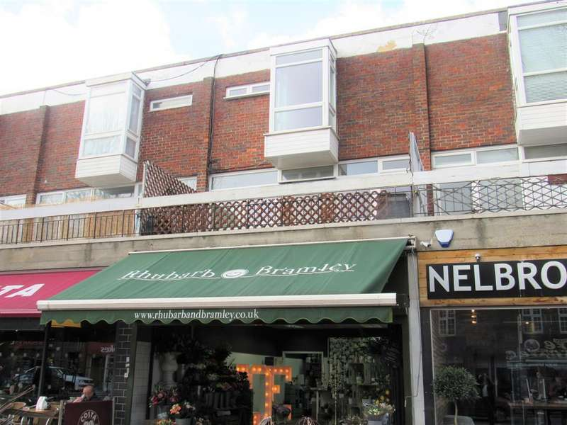 3 Bedrooms Maisonette Flat for sale in Beacon Grove, Carshalton, Surrey, SM5 3BA