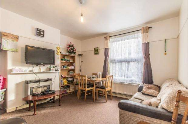 2 Bedrooms Flat for sale in Martin House, Falmouth Road, London, SE1
