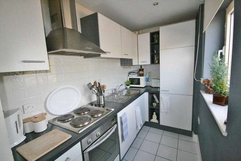 1 Bedroom Studio Flat for sale in Great Ormes House, Prospect Place, Cardiff