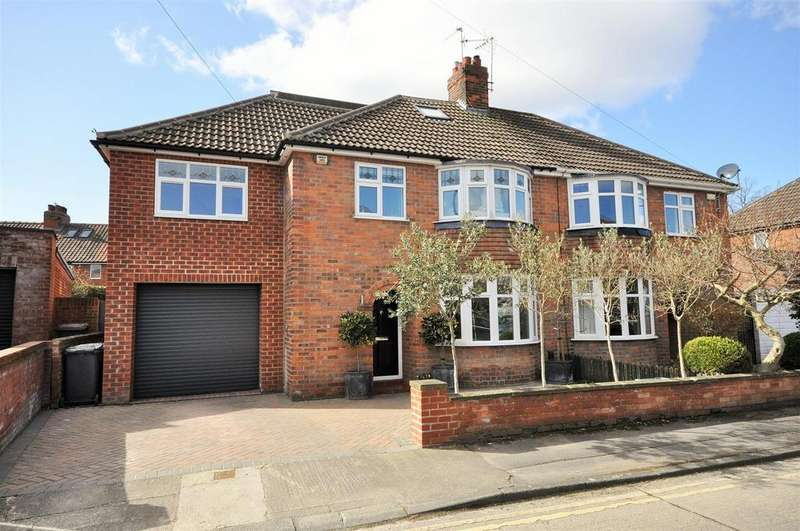 5 Bedrooms House for sale in Hyrst Grove, Heworth, York, YO31 7TD