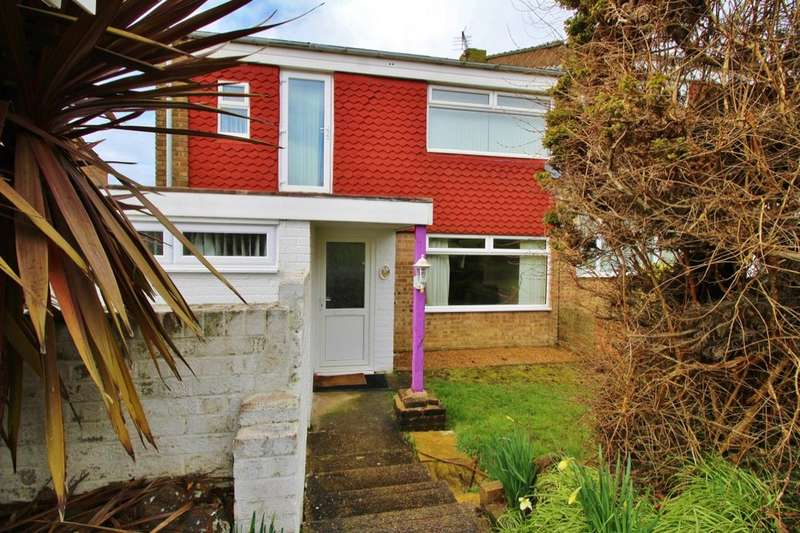 4 Bedrooms Property for sale in Erica Close, Eastbourne, BN23