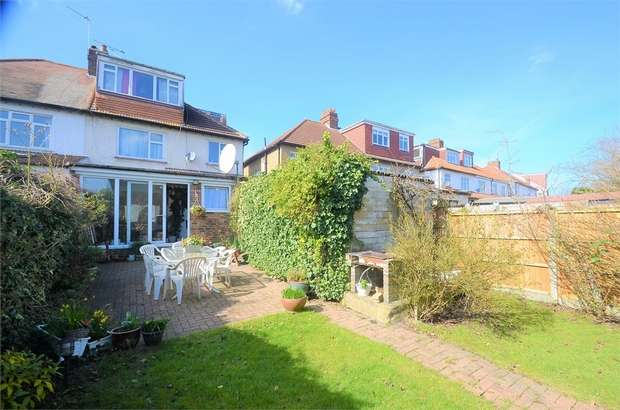 4 Bedrooms Semi Detached House for sale in Sefton Avenue, Mill Hill, NW7