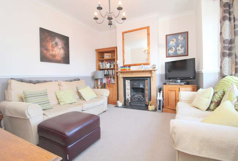 3 Bedrooms Terraced House for sale in Marlborough Road, Ashford, TW15