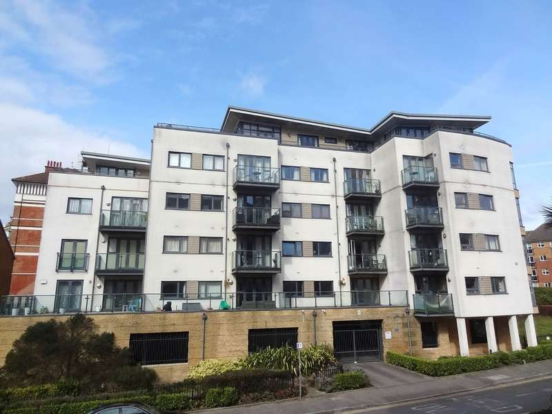 2 Bedrooms Apartment Flat for sale in Whitewater