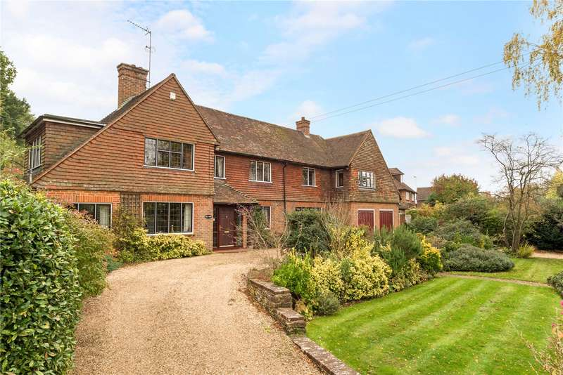 5 Bedrooms Detached House for sale in Staceys Farm Road, Elstead, Godalming, Surrey, GU8