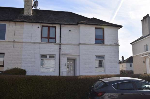 2 Bedrooms Flat for sale in Alness Crescent, Mosspark, G52