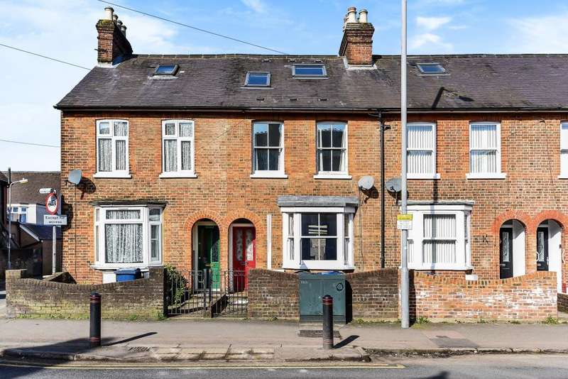 3 Bedrooms House for rent in Broad Street, Chesham, HP5