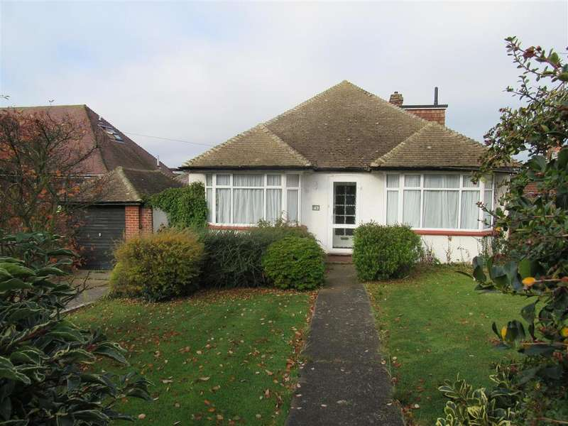 3 Bedrooms Detached Bungalow for sale in Mickleburgh Avenue, Herne Bay