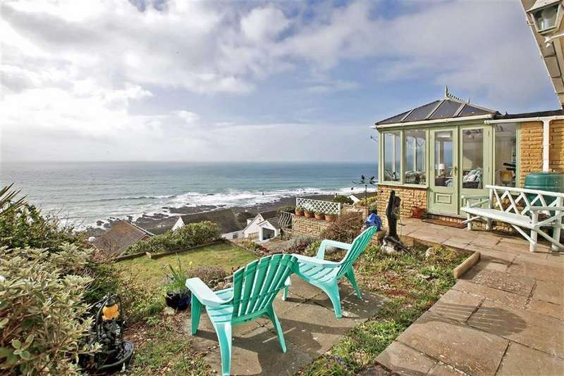 3 Bedrooms Detached House for sale in Whitsand Bay View, Torpoint, Cornwall, PL11