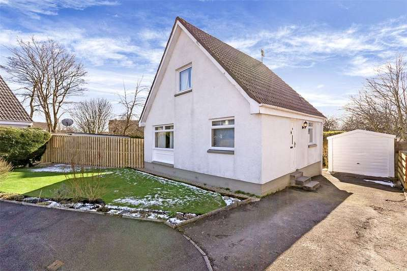 3 Bedrooms Detached House for sale in 31 Clark Terrace, Crieff, Perth and Kinross, PH7