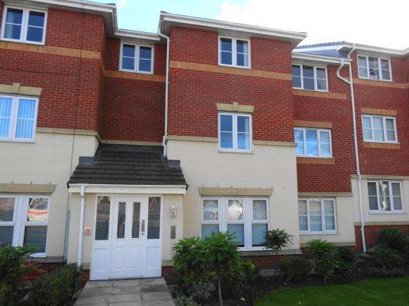 2 Bedrooms Ground Flat for sale in Knowsley Road, Eccleston, St Helens WA10