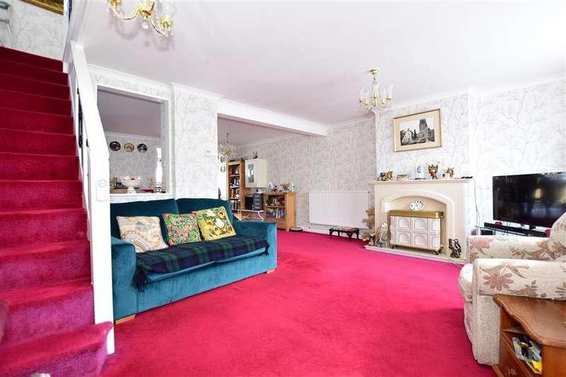 3 Bedrooms Semi Detached House for sale in Beechings Way, Rainham, Gillingham, Kent