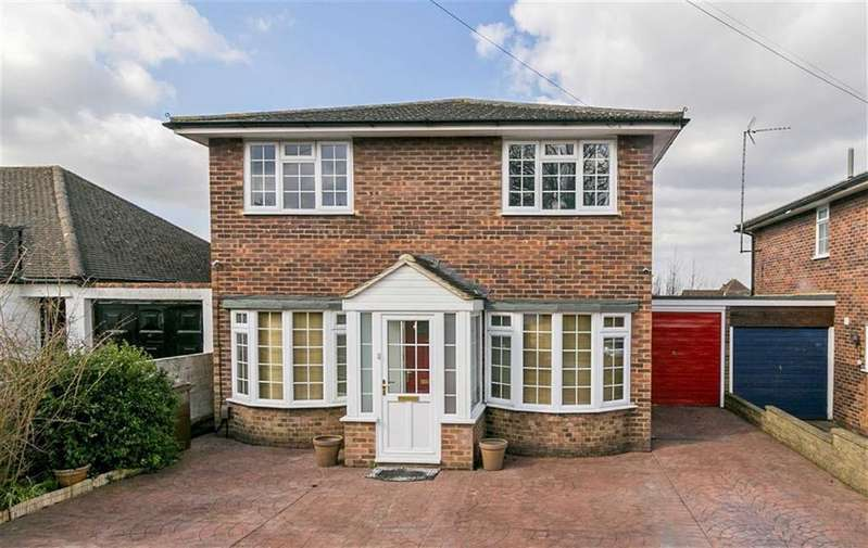 4 Bedrooms Link Detached House for sale in Harding Road, Langley Vale