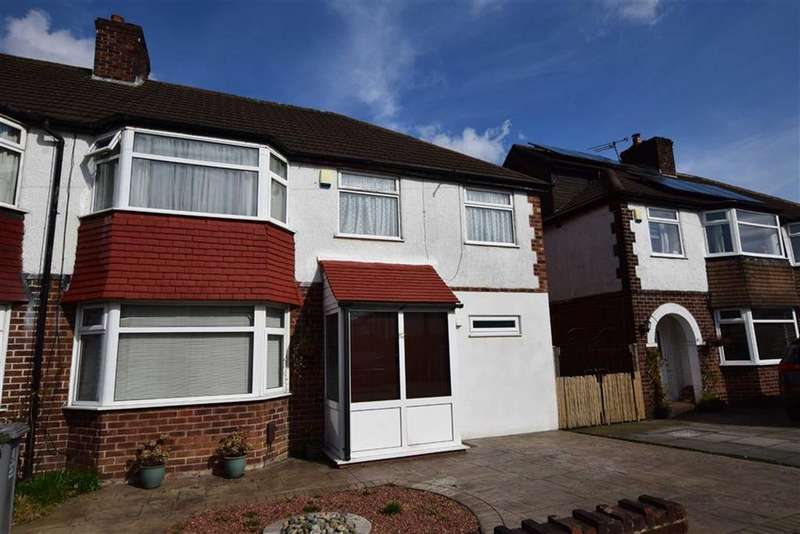 4 Bedrooms Semi Detached House for sale in Arcadia Avenue, Sale, M33