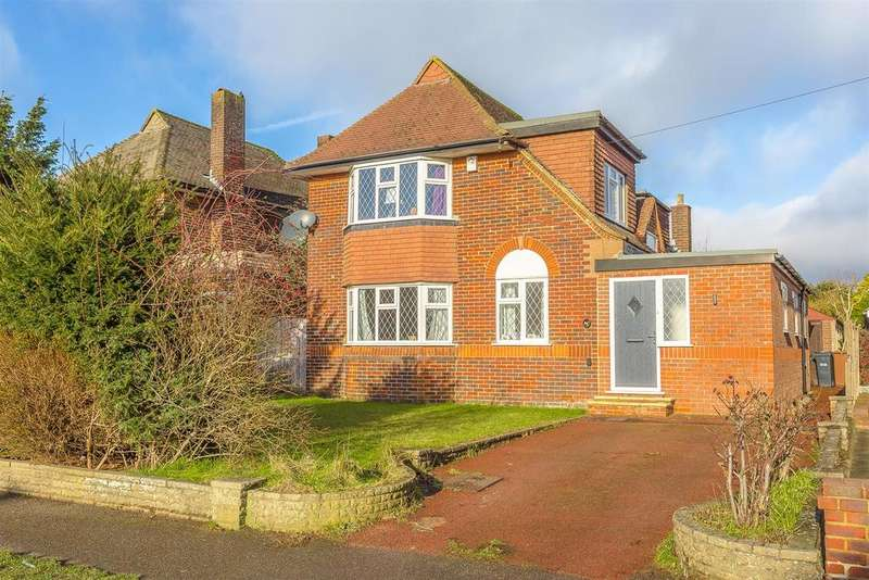 4 Bedrooms Detached House for sale in Tattenham Way, Burgh Heath, Tadworth
