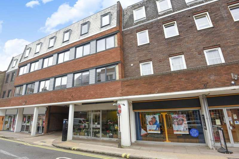 2 Bedrooms Apartment Flat for rent in Town Centre, Aylesbury, HP20
