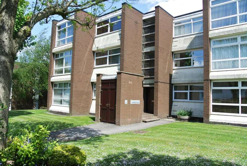 1 Bedroom Apartment Flat for sale in Camborne Court, Walsall
