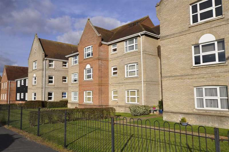2 Bedrooms Flat for sale in Tallow Gate, Chelmsford