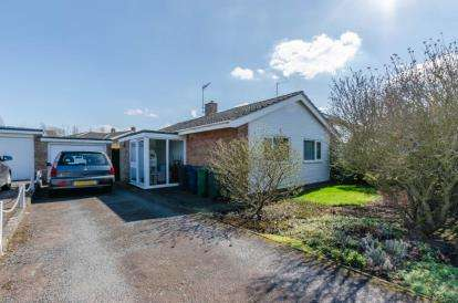 2 Bedrooms Bungalow for sale in Coton, Cambridge