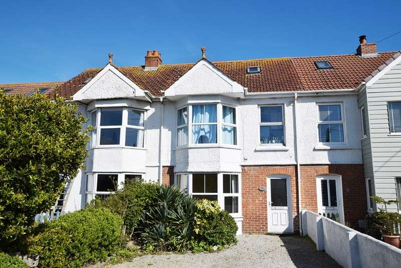 1 Bedroom Flat for sale in Liskey Hill, PERRANPORTH