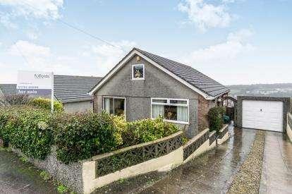 3 Bedrooms Bungalow for sale in Elburton, Devon