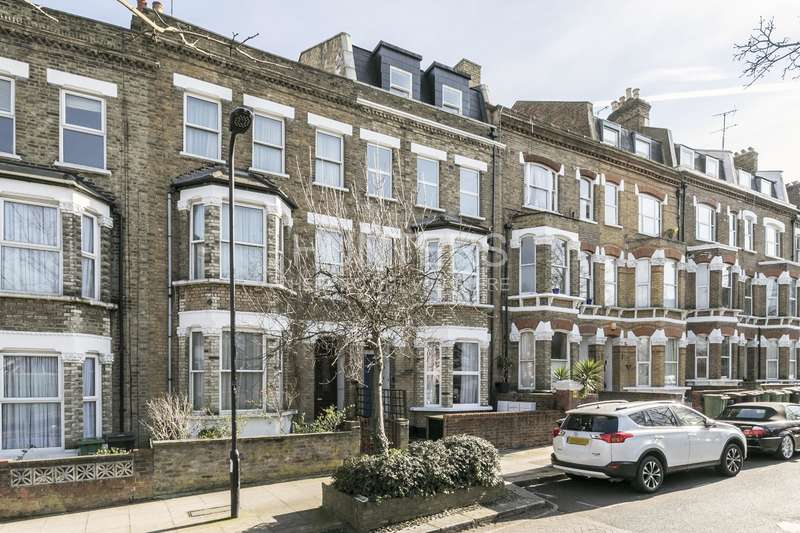 1 Bedroom Flat for sale in Messina Avenue, London, NW6 4LD