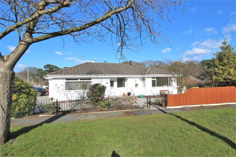 2 Bedrooms Detached Bungalow for sale in Rhodesway, Heswall, Wirral, CH60 2UA
