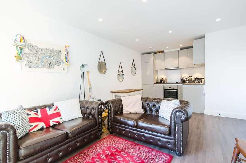 1 Bedroom Flat for sale in Rathbone Market, Docklands, E16