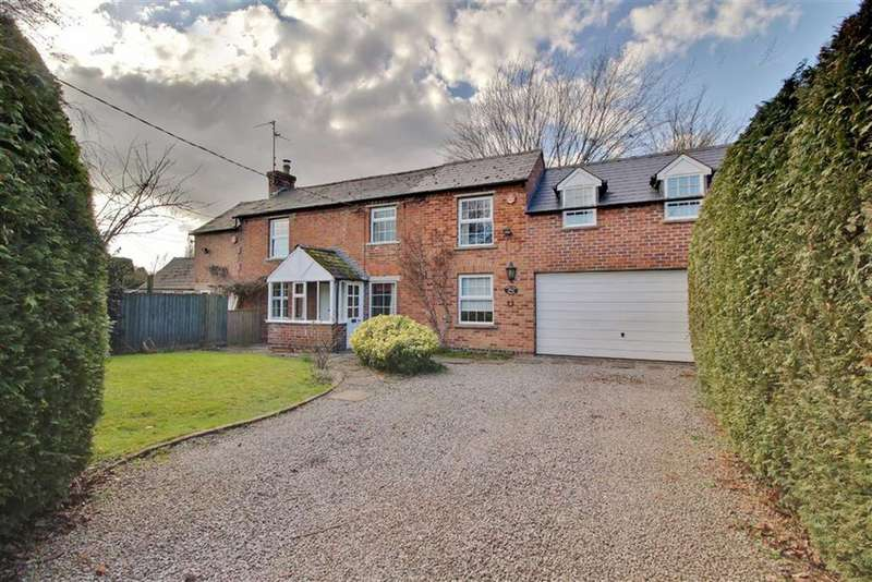 4 Bedrooms Cottage House for sale in Blacksmiths Lane, Maisemore, Gloucester
