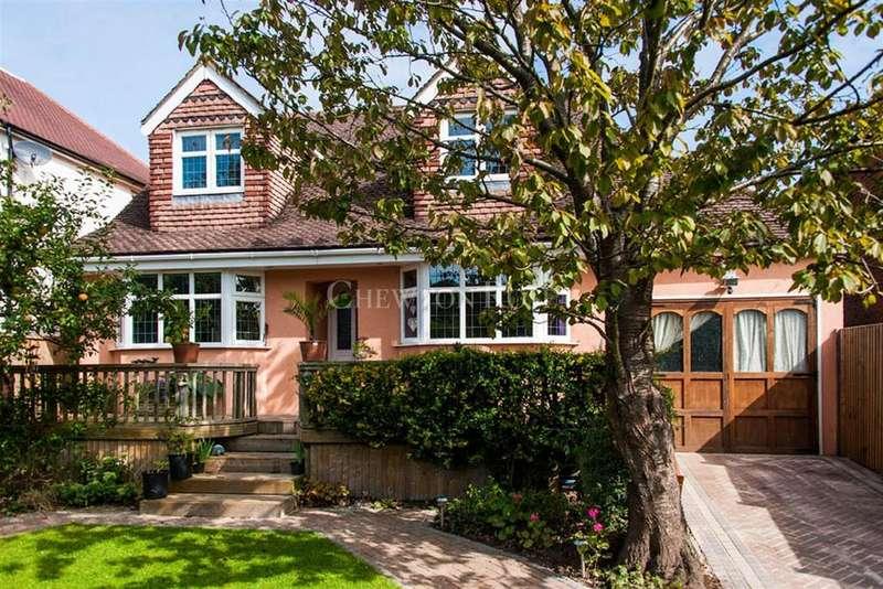 5 Bedrooms Detached House for sale in Higher Denham, Buckinghamshire
