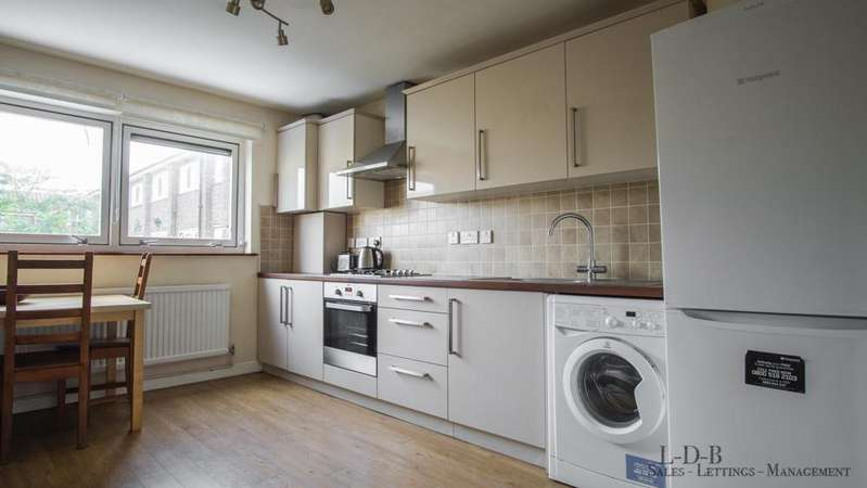 3 Bedrooms House for rent in Everington Street, Hammersmith, London, W6 8DX