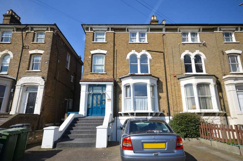 2 Bedrooms Flat for sale in Northbrook Road Hither Green SE13
