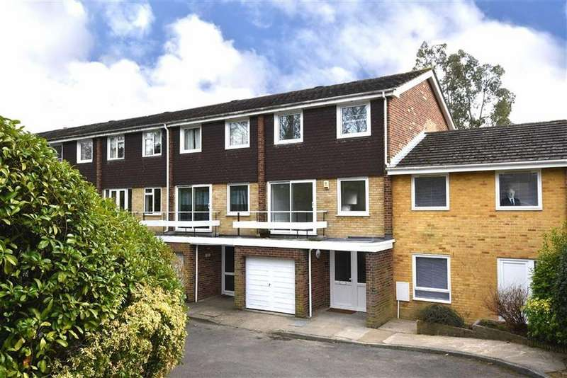 3 Bedrooms Town House for sale in Southlands Grove, Bickley, Kent