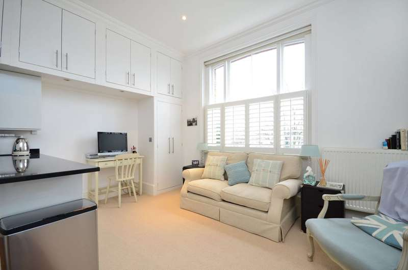 1 Bedroom Flat for sale in Cranley Gardens, South Kensington, SW7