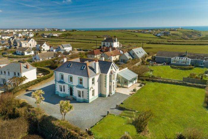 6 Bedrooms Town House for sale in MOUNTS BAY HOUSE, THE LIZARD, TR12