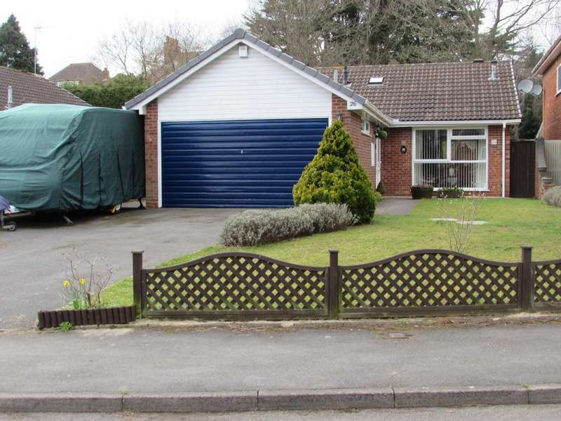 3 Bedrooms Detached Bungalow for sale in Marsland Road, Solihull