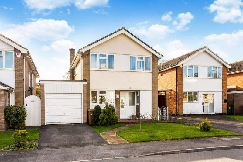 3 Bedrooms Detached House for sale in Audley Way, Ascot
