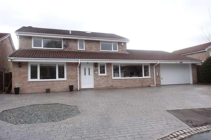 4 Bedrooms Detached House for sale in Dukes Meadow, Ingol, Preston, PR2