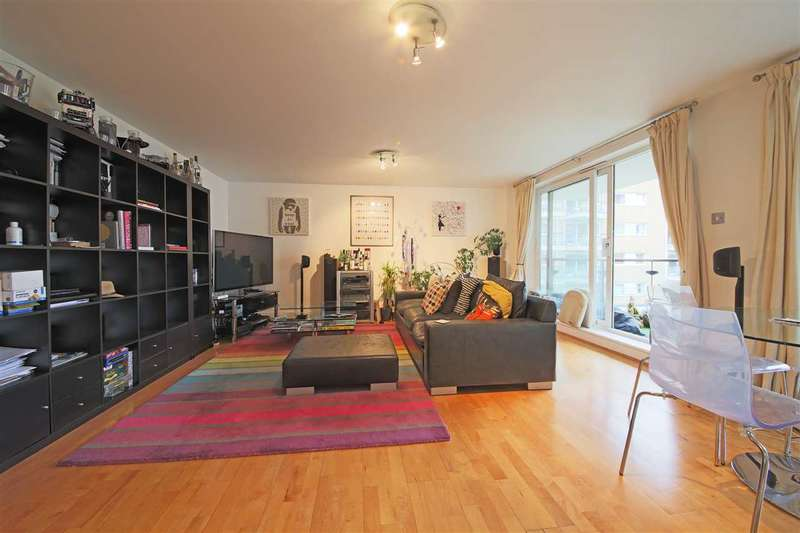 2 Bedrooms Apartment Flat for sale in Bluewater House , Riverside west, Smugglers Way, London