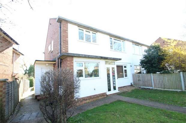2 Bedrooms Maisonette Flat for sale in Worplesdon Road, GUILDFORD, Surrey