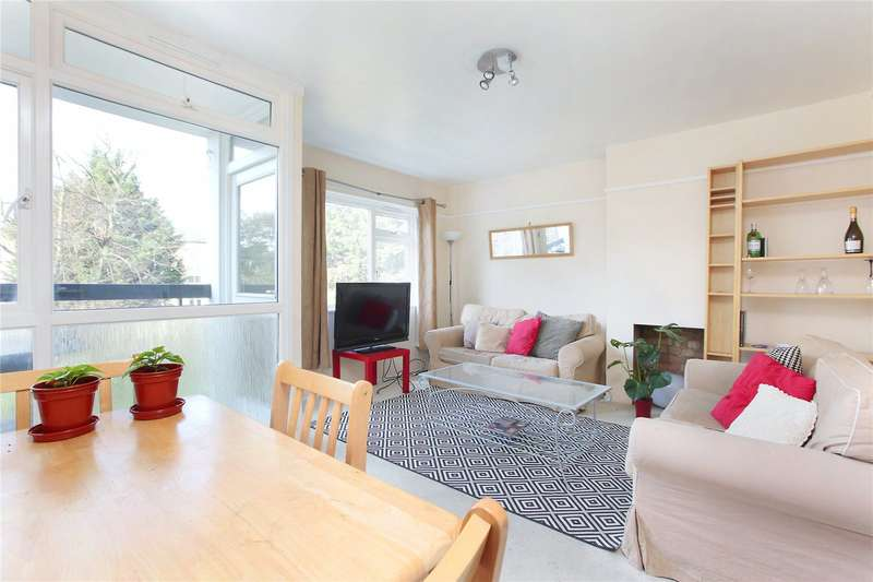 3 Bedrooms Flat for sale in Macaulay Road, Clapham, London, SW4