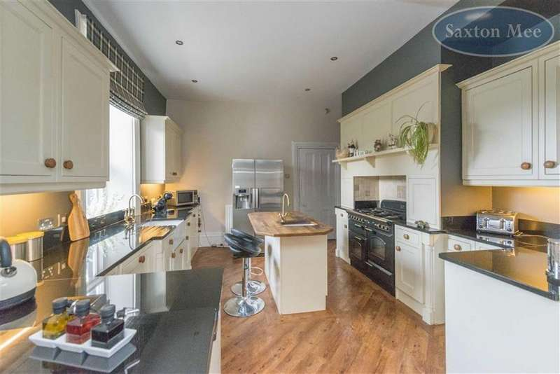 4 Bedrooms Semi Detached House for sale in Broomfield Road, Stocksbridge, Sheffield, S36
