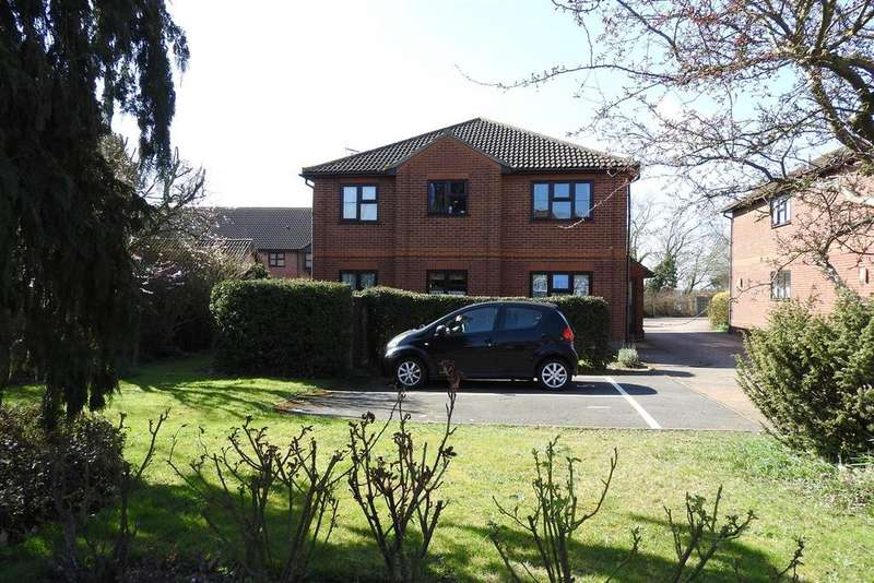 2 Bedrooms Apartment Flat for sale in Church Road, Boreham, Chelmsford