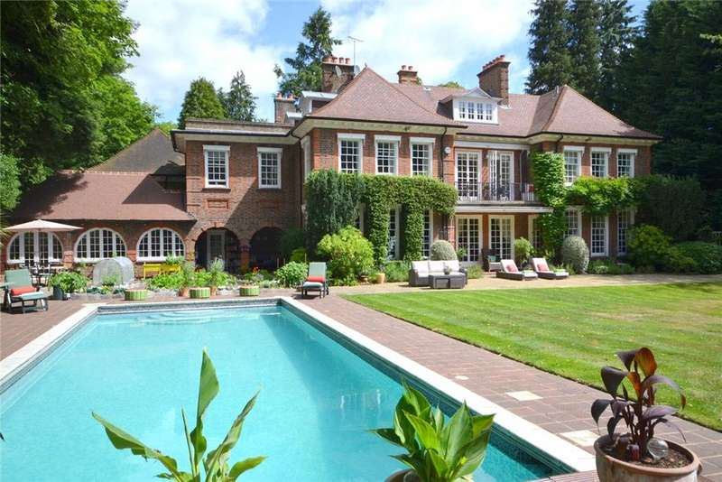 8 Bedrooms Detached House for sale in Hockering Road, The Hockering, Woking, Surrey, GU22
