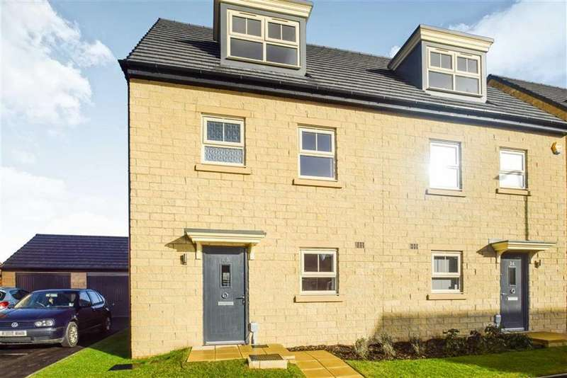 4 Bedrooms Semi Detached House for sale in Frances Brady Way, Hull, East Yorkshire, HU9