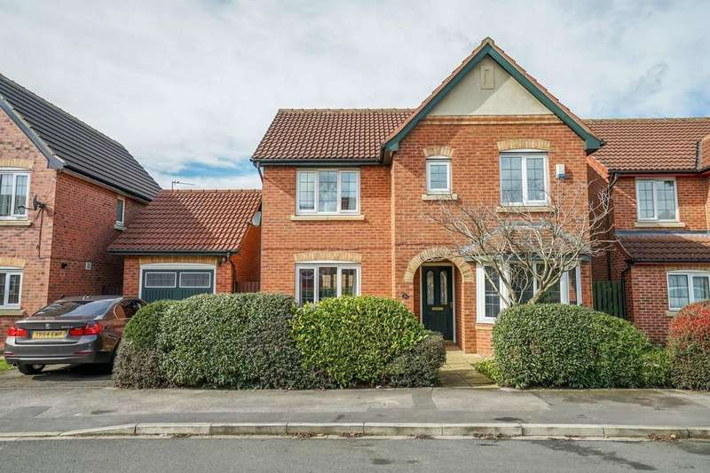 4 Bedrooms Detached House for sale in Redgrave Close, York